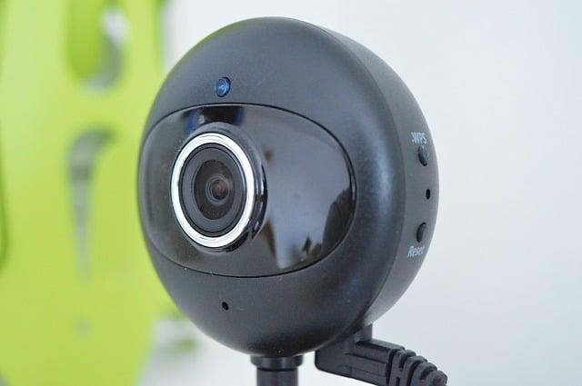 voyeur house - real life cam